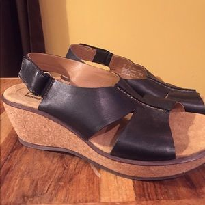 Clarks NEW 8.5 Leather and Cork Wedge